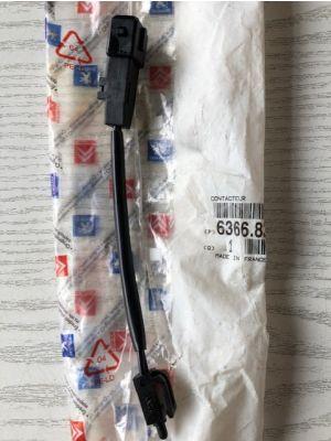 Citroen XM schakelaar kofferbakverlichting 6366.83