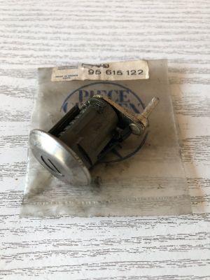 Citroen C15 / VISA cilinderslot rv NIEUW EN ORIGINEEL 95615122