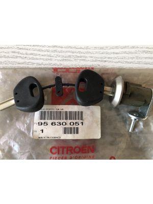 Citroen AX cilinderslot links NIEUW EN ORIGINEEL 95630051