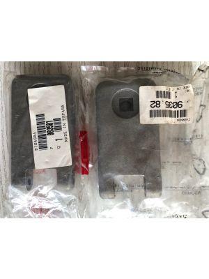 Citroen C15 scharnieren NIEUW EN ORIGINEEL 9035.81 / 9035.82