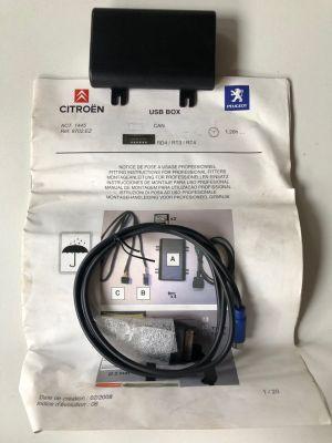 Citroen,Peugeot USB-BOX NIEUW EN ORIGINEEL 9702.EZ
