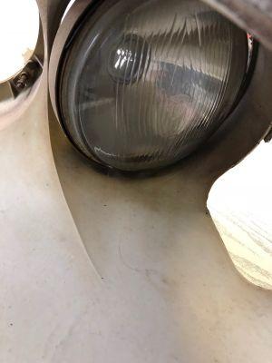 Citroen DS koplamphouder inclusief verstraler Marechal